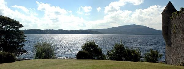 Parke's Castle und der Lough Gill