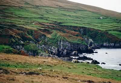 Erosion am Rande der Ballydonegan Bay
