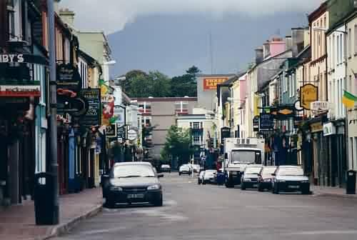 Killarney, verlassen. Wahrscheinlich Sonntag morgen, außerhalb der Saison.