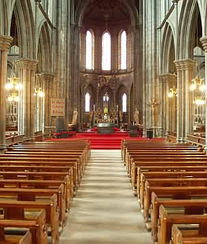 St. Mary's Cathedral, Ansicht vom Eingang her