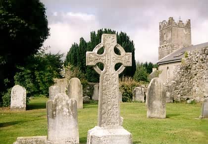 Kirche und Friedhof in Terryglass