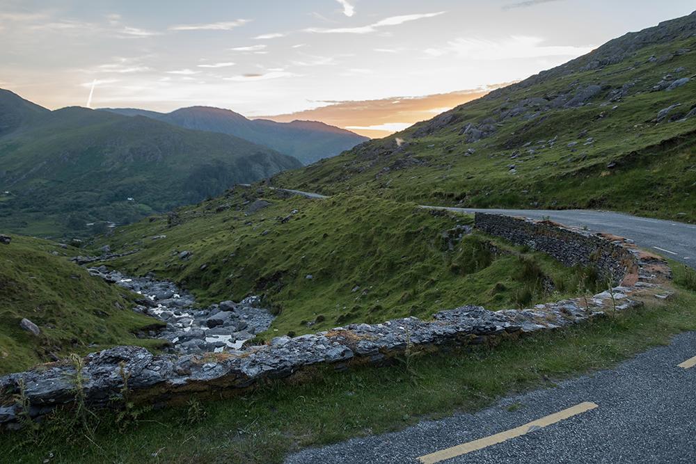 Sonnenuntergang an der Straße zum Healy Pass