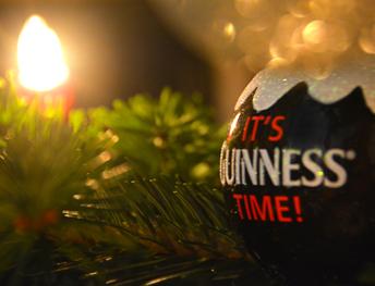 Guinness-Weihnachtsbaum-Kugel