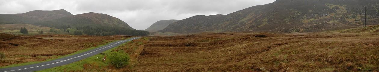 Einsame Straße im County Mayo